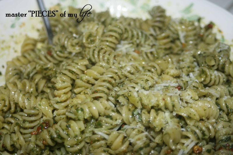 Pasta pesto closeup